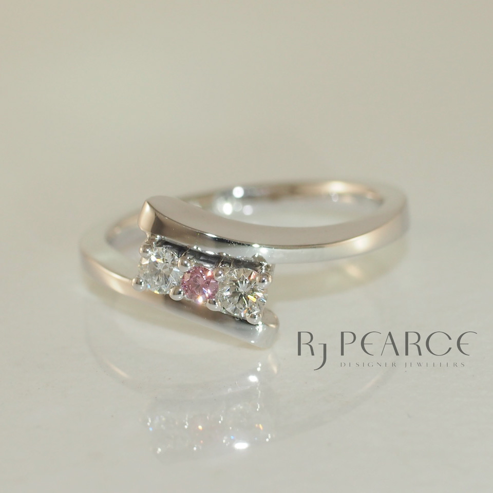 Gallery - Fine Jewellery - Pink Diamonds